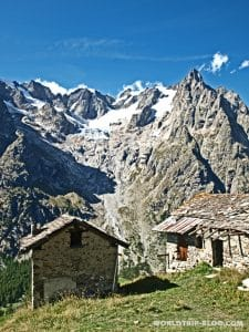 houses at tour du mont blanc